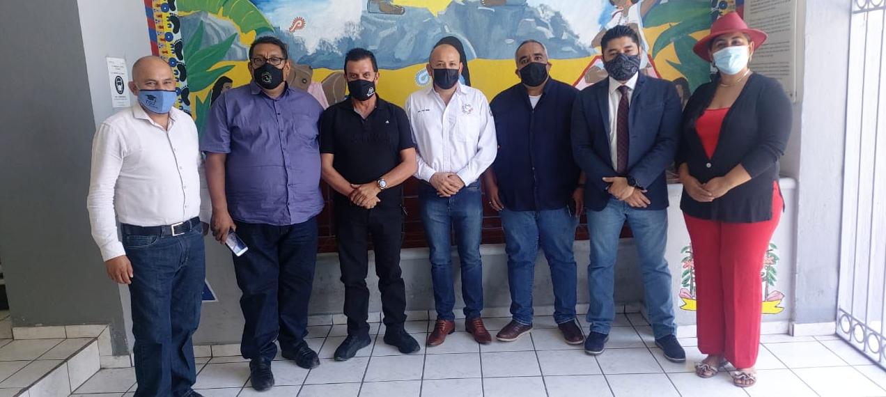 Mesa De Trabajo Entre El Colegio Nacional De Consejeros, La Universidad Del Conde Y La Secretaría De Salud De Colima